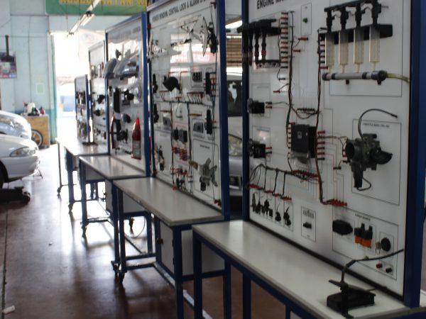 Teaching Factory-Otomotif SMKN 6 Bandung
