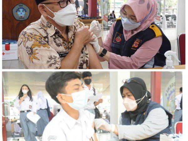 Kegiatan Vaksinasi Massal di SMKN 6 Bandung Untuk Siswa, Guru dan Masyarakat