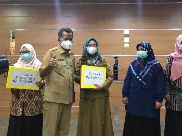 Perpustakaan SMKN 6 Bandung Masuk 3 Besar Perpustakaan Terbaik di Jawa Barat Tahun 2021.
