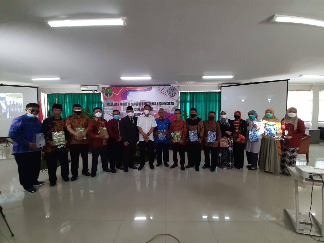 Pelepasan Purna Tugas Guru SMKN 6 Bandung